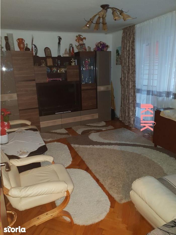 Apartament cu 4 camere in Manastur, etaj 2, zona Retezat !