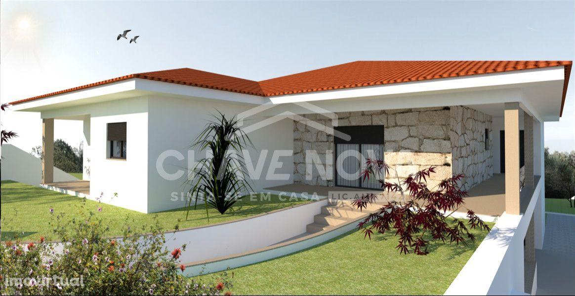 Moradia isolada, em construção, no Vale - Santa Maria da Feira