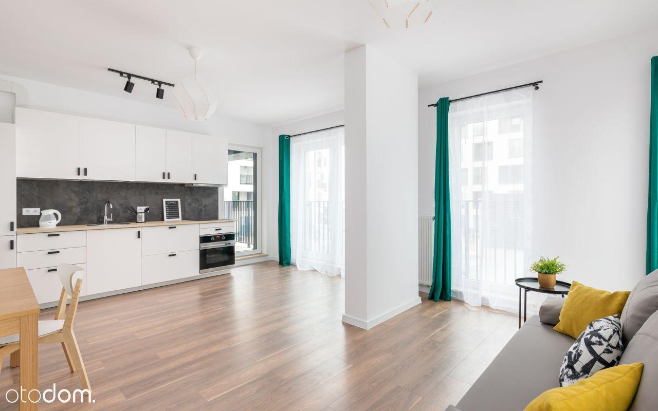 Nowoczesne 2 pokoje w apartamentowcu. Taśmowa 4B
