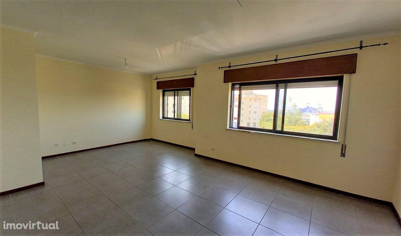 Apartamento 3 assoalhadas Queluz; Sintra