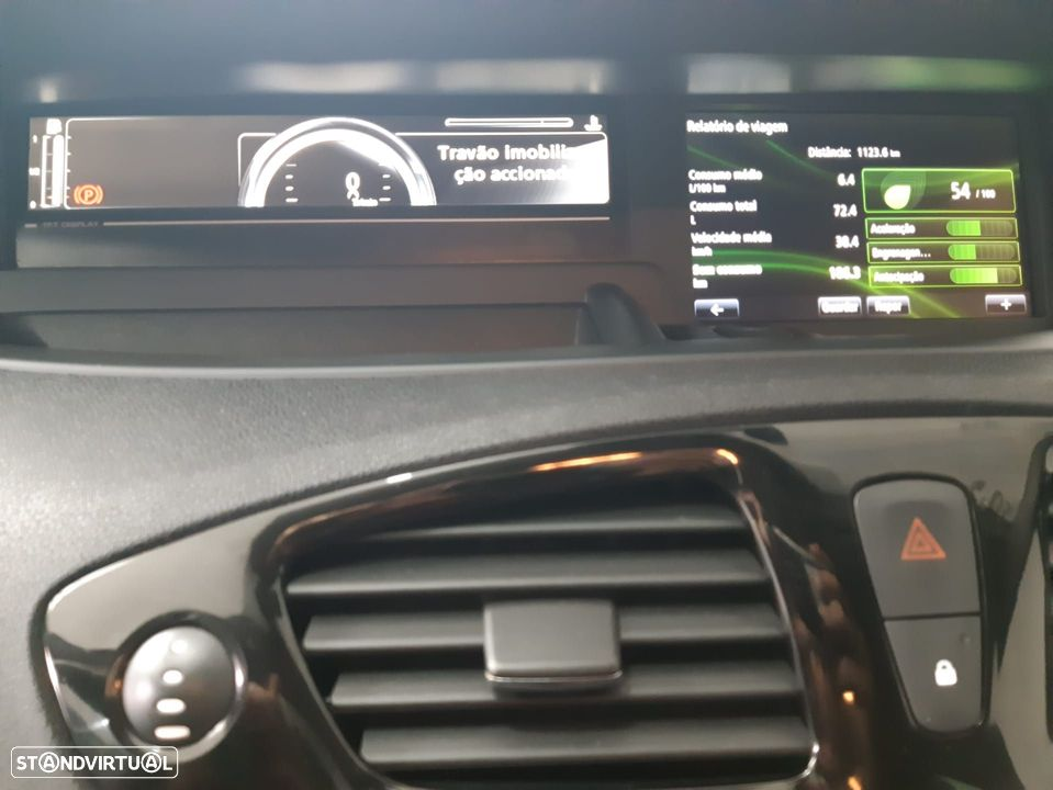 Renault Grand Scénic ver-1-6-dci-bose-edition-ss - 19