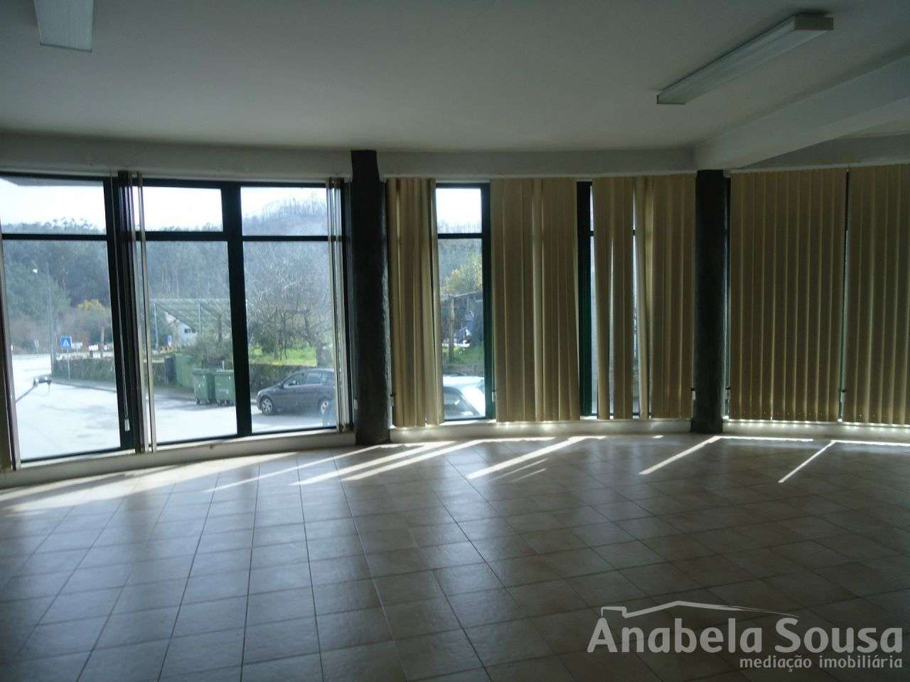 Escritório para arrendar, Oliveira de Frades, Souto de Lafões e Sejães, Oliveira de Frades, Viseu - Foto 2