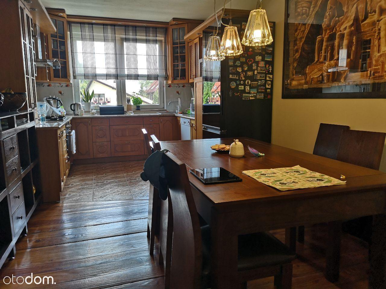 Wieliczka-szeregowiec 150m. z ogródkiem i garażem