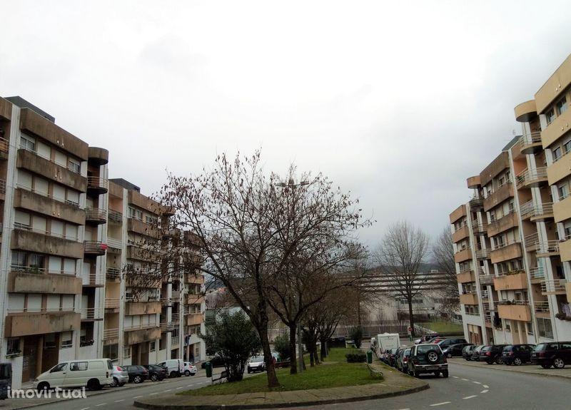 Apartamento em Guimarães, Caldelas