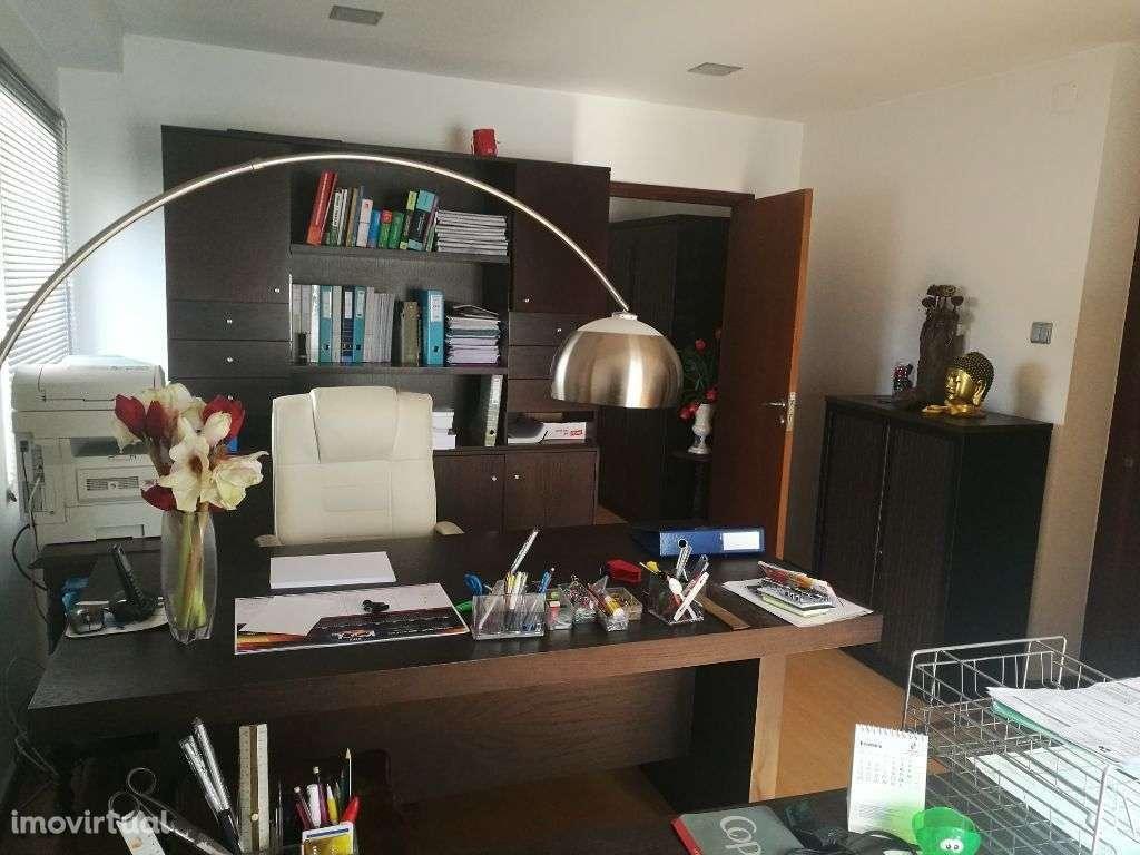 Escritório para arrendar, Barcelos, Vila Boa e Vila Frescainha (São Martinho e São Pedro), Braga - Foto 4
