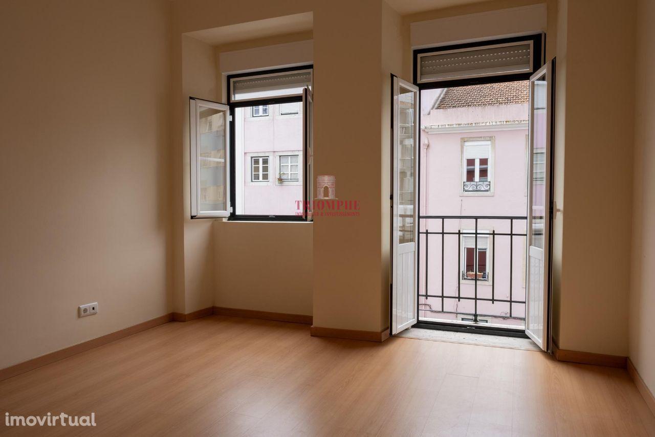Apartamento T4 para Arrendamento Campo de Ourique, Lisboa