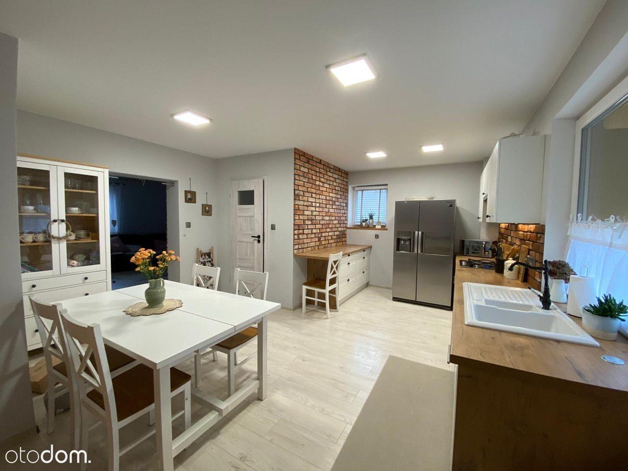 Świetny dom po remoncie + 3 garaże
