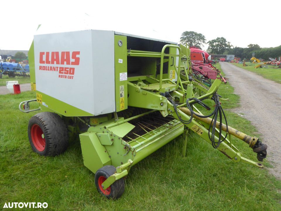 Claas Rollant 250 ROTOCUT - 1