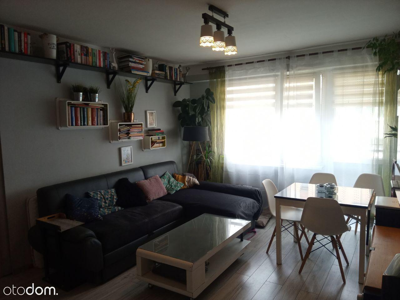 Bardzo ładne 3 pokojowe na II piętrze