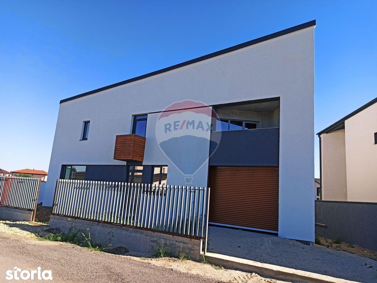 Vila cu garaj in interior Mogosoaia - proiect deosebit