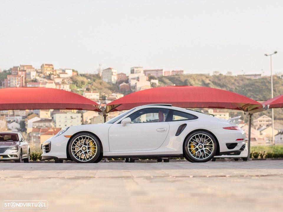 Porsche 911 Carrera Turbo S PDK - 8