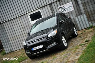 Ford Escape Ford Escape vel KUGA 2016 1,6 L benzyna TITANIUM 4x4