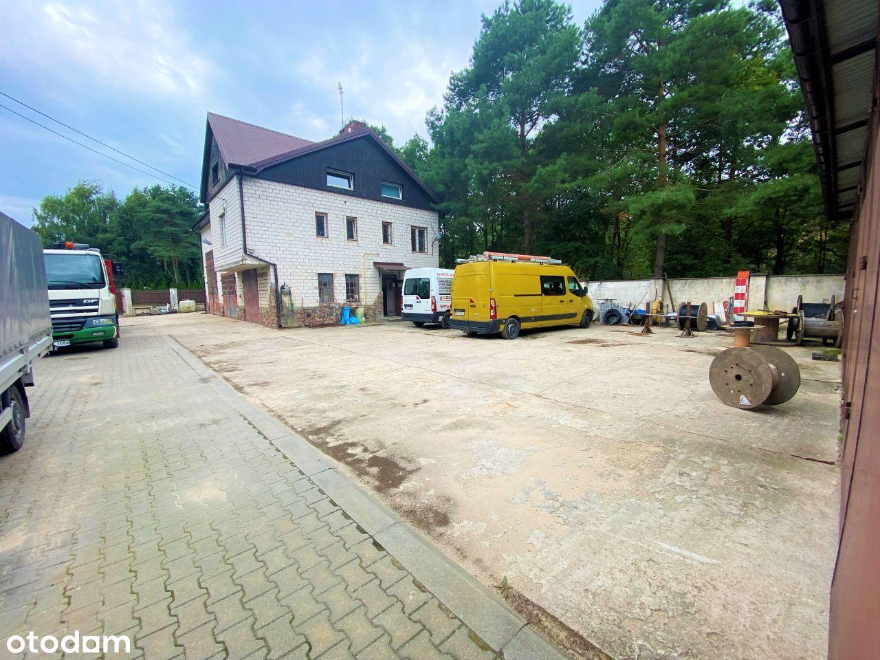 Budynek firmy łatwy do przebudowy na dom Józefów