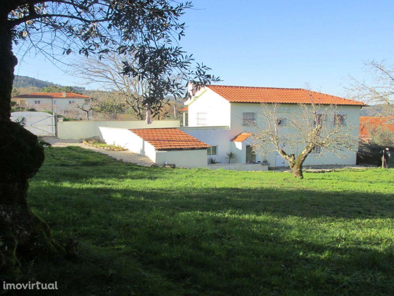 Detached 4 bedroom Cottage with Land near Penela