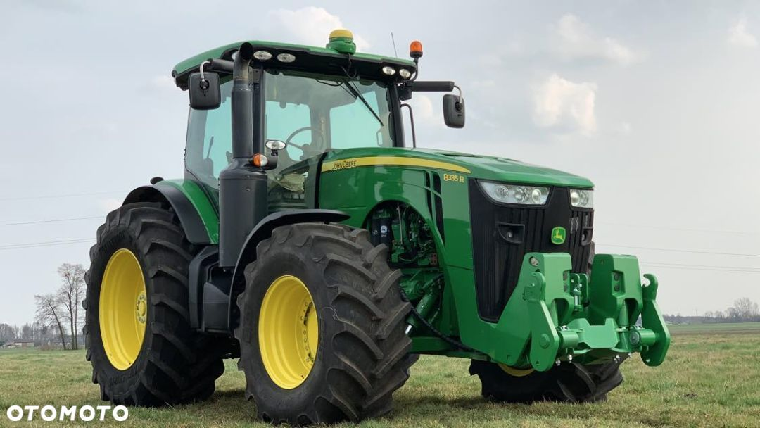 John Deere 8335R  Power Shift - 6