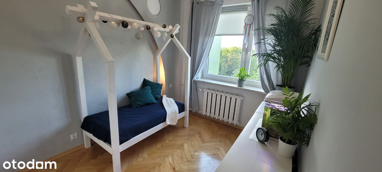 Sprzedam - Mieszkanie w centrum Wołomina + parking