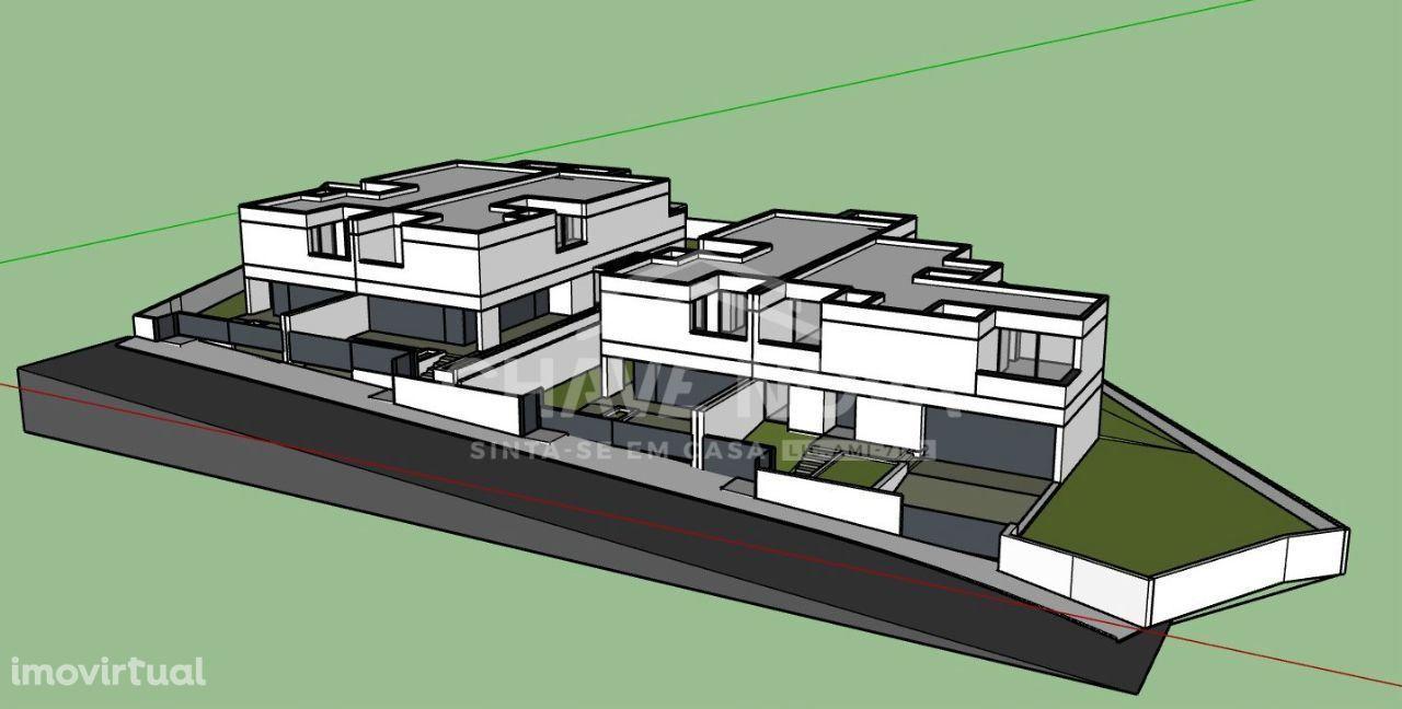 Moradia de 4 Quartos em construção em Espargo - Santa Maria da Feira