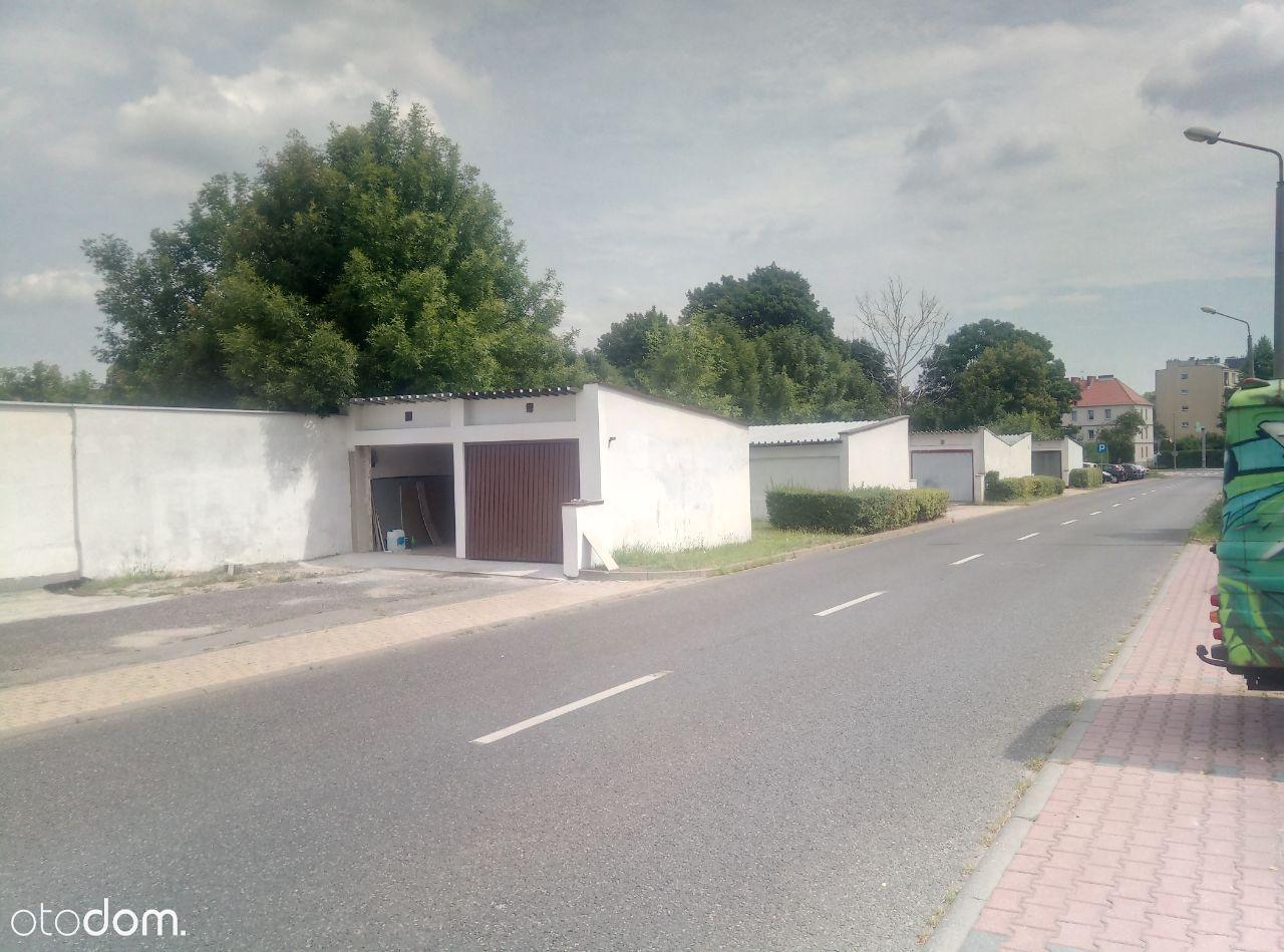 Garaż gwarków