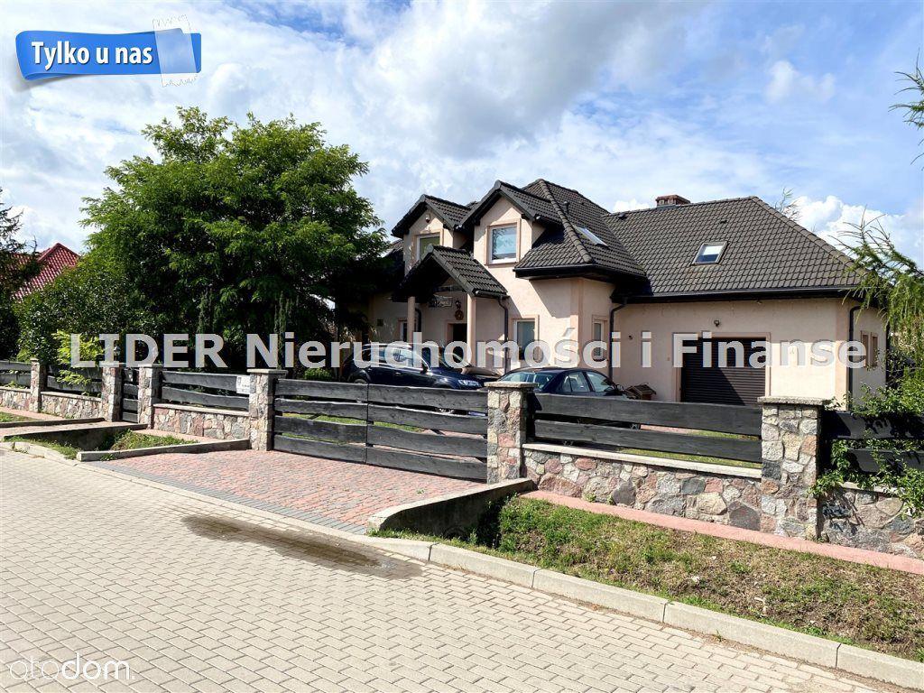 Dom, 306,09 m², Lębork