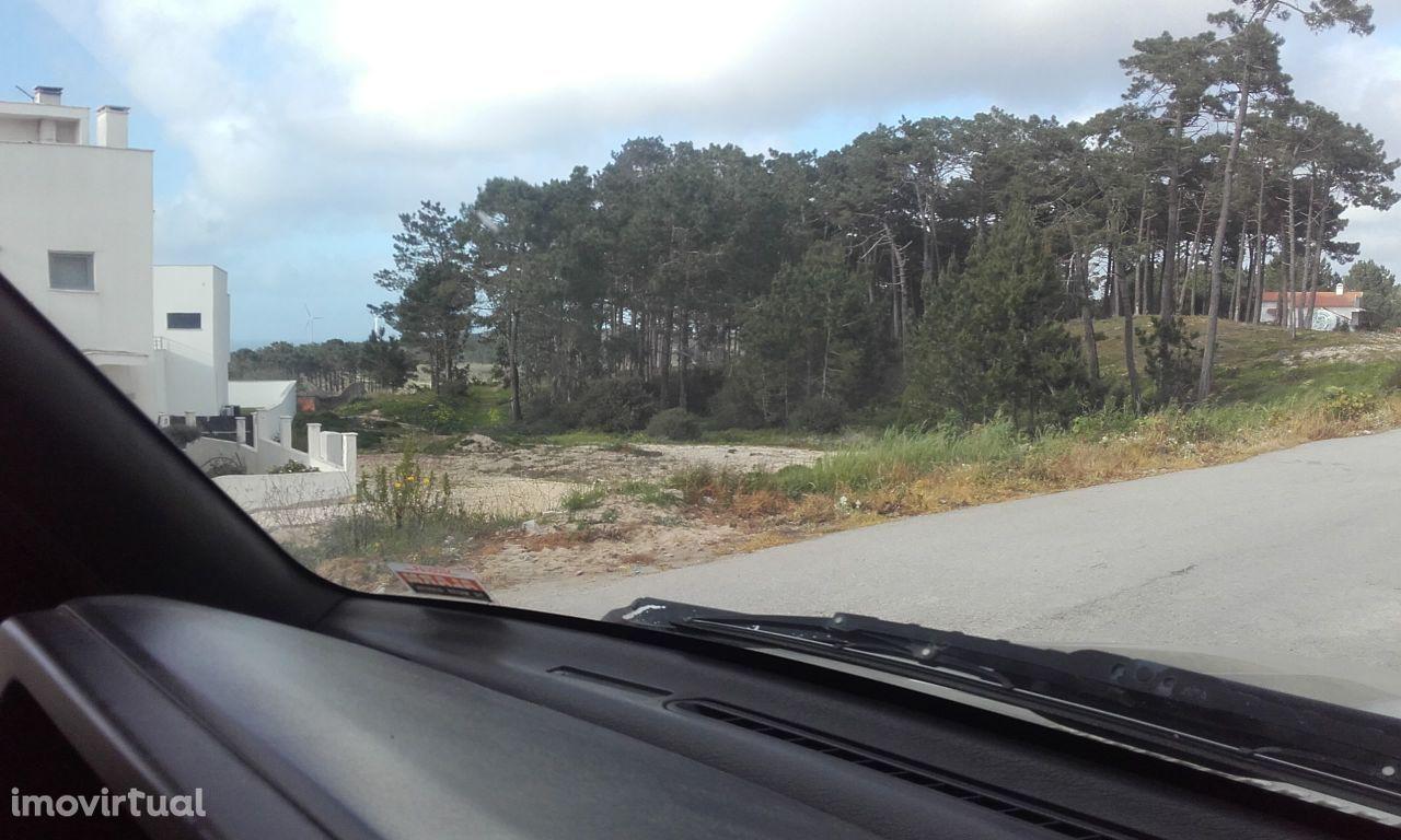 Terreno Calhau Nazaré -Leiria para construção. Vista mar.