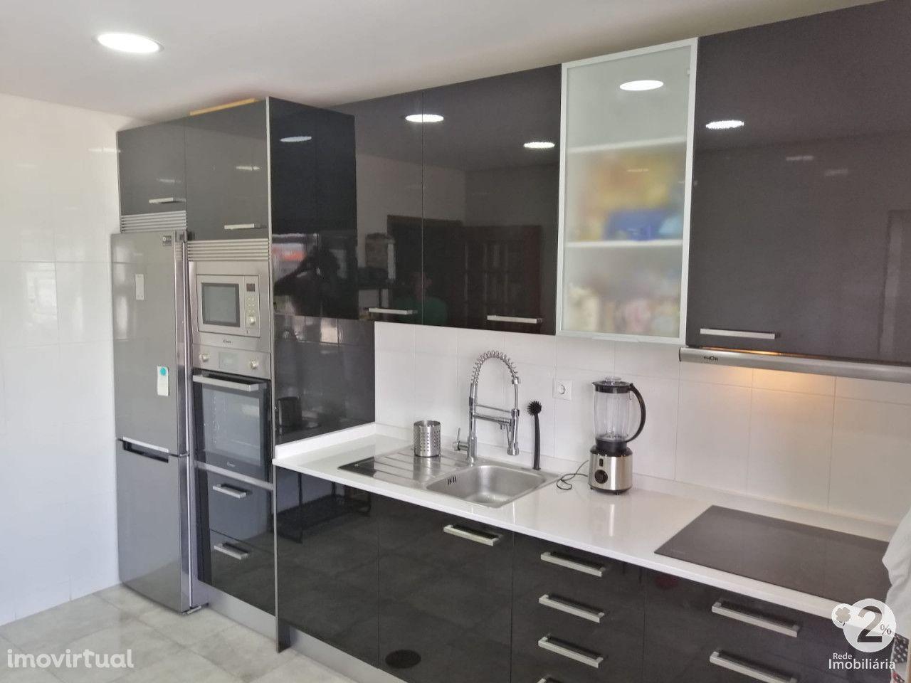 Apartamento T3+1 em Gervide - Oliveira do Douro