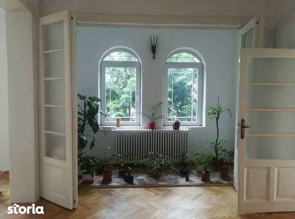 Apartament in vila,100 mp, zona Cotroceni
