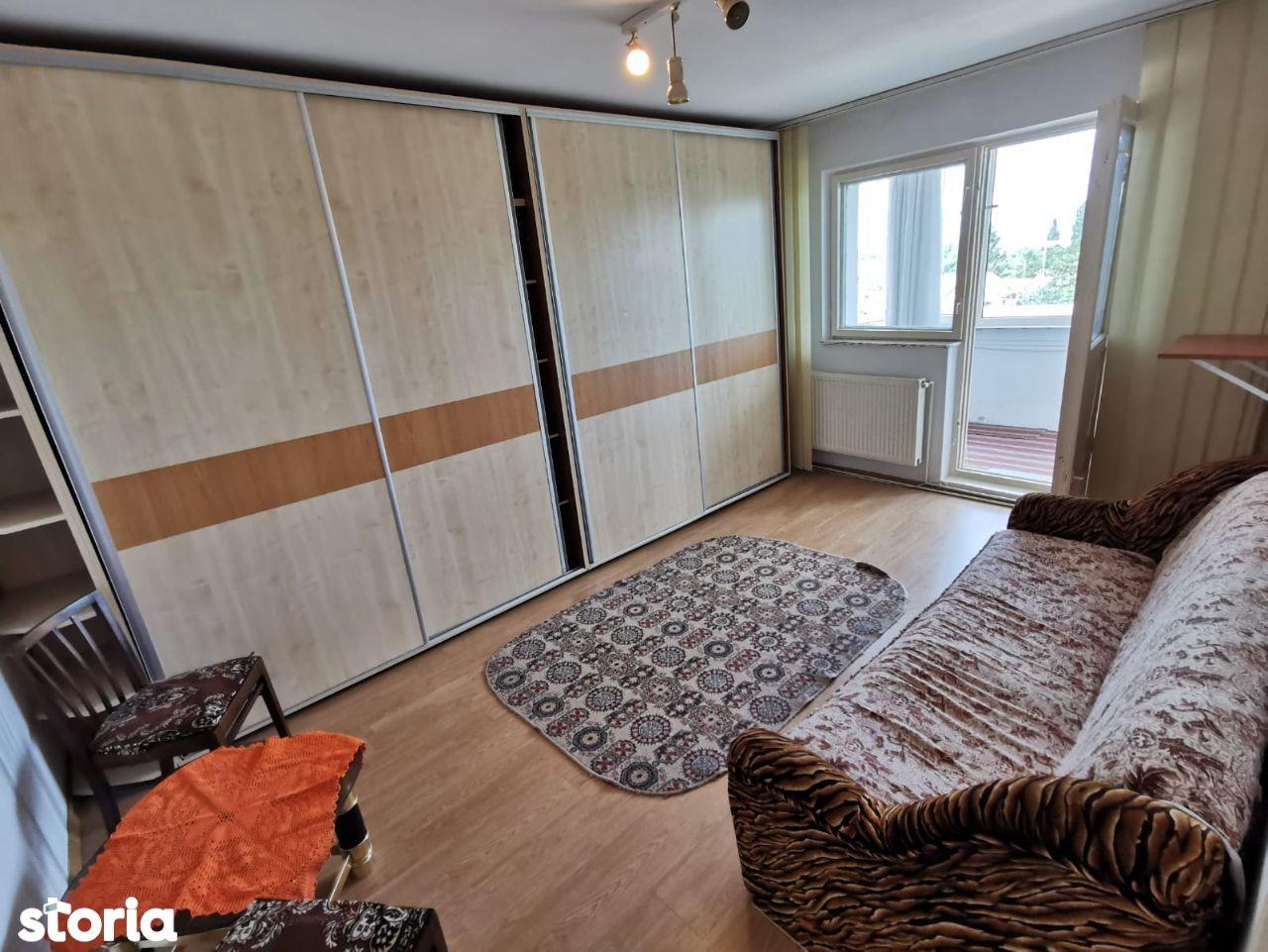 Vanzare apartament 2 camere, decomandat, Ghimbav,insorit,mobila/utilat