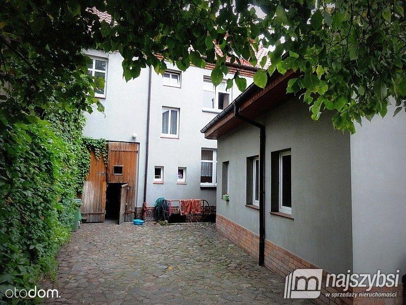 Kamienica - 3xmieszkanie + 1xlokal + pomieszczenie