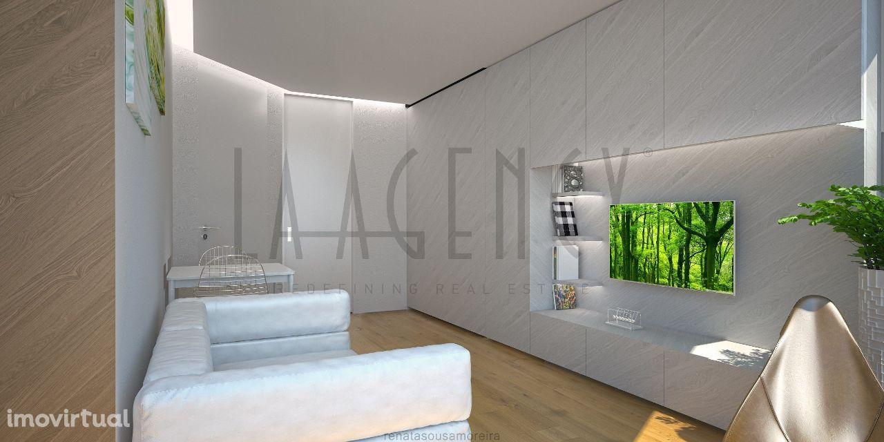 Apartamento T2, com varanda e lugar de garagem