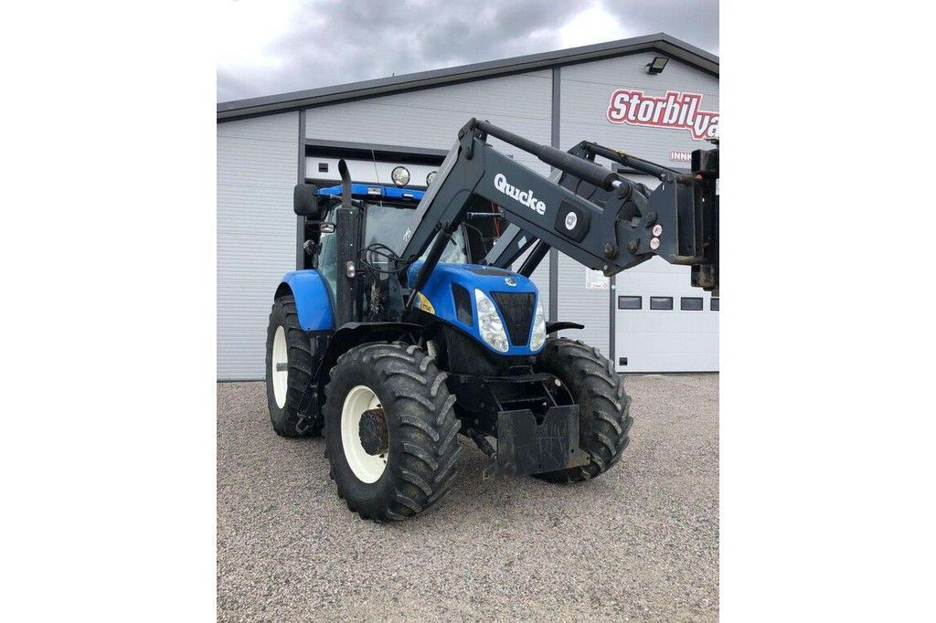 New Holland T7040  New Holland T7040 - 2