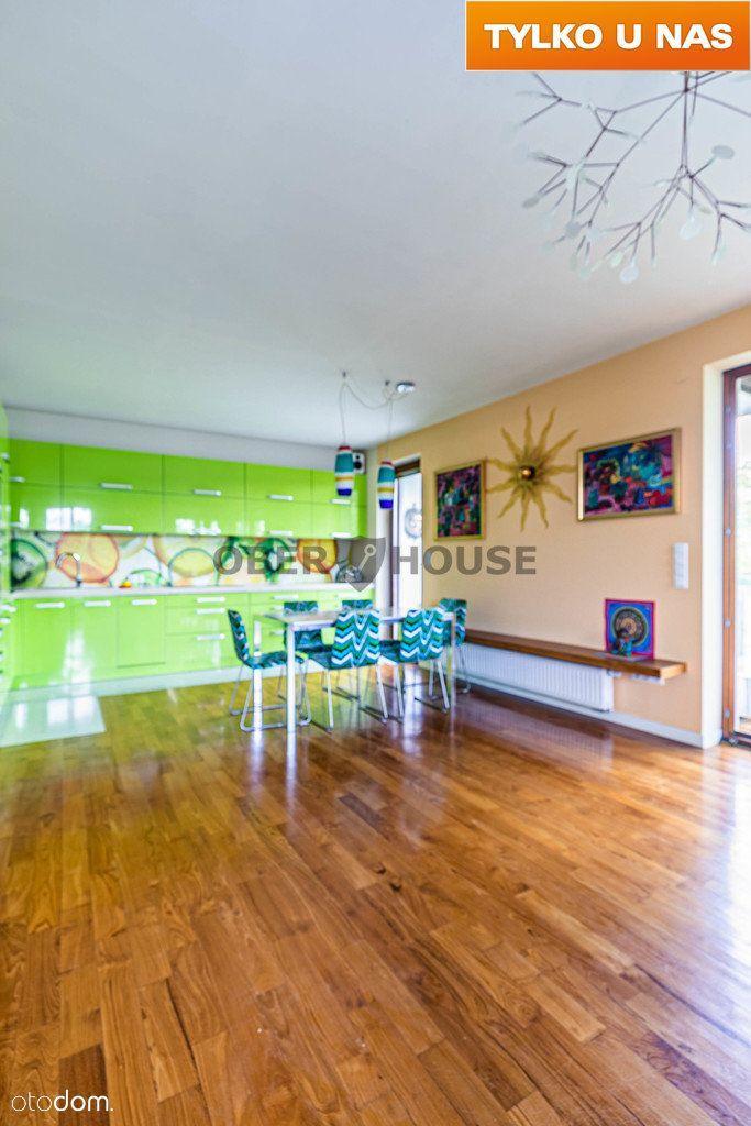 Atrakcyjny penthouse wśród zieleni z widokiem