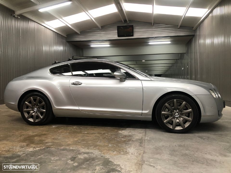 Bentley Continental GT 6.0L W12 - 9
