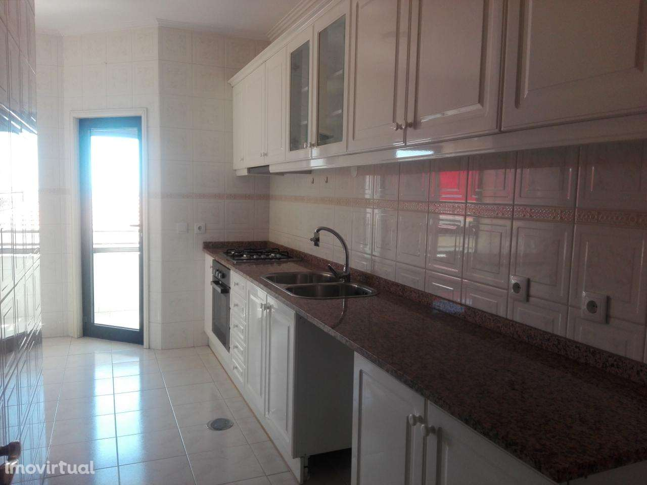 Apartamento para comprar, Mafamude e Vilar do Paraíso, Porto - Foto 1
