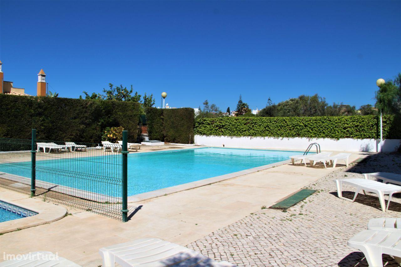 T1 em Alvor com piscina (SI 1757)