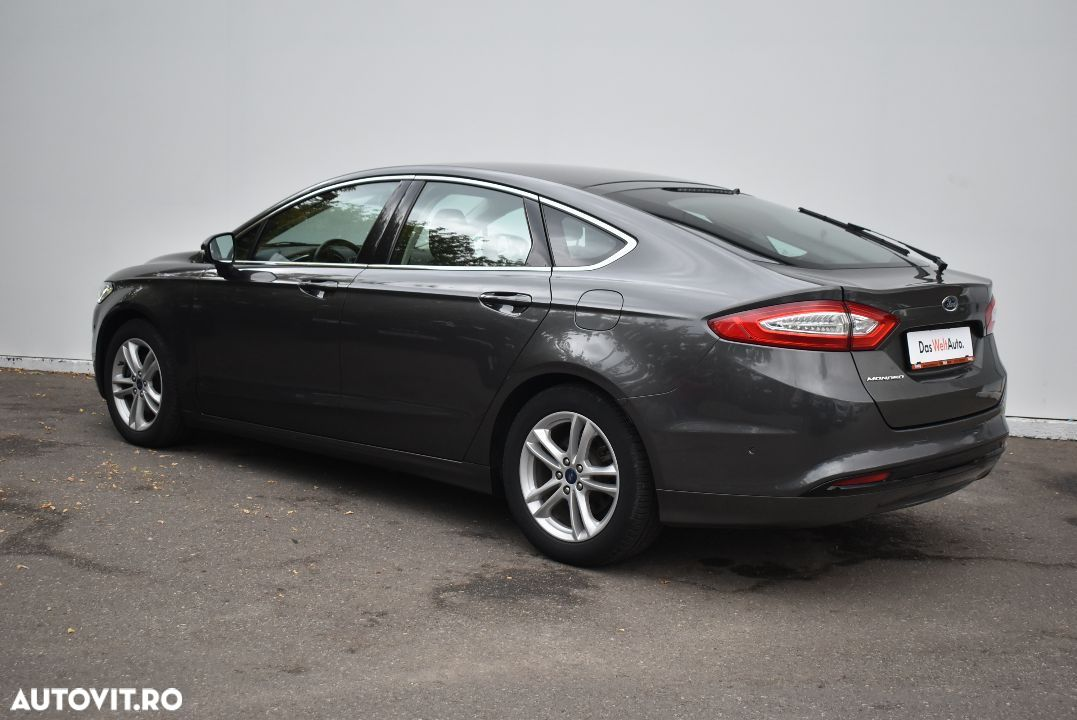 Ford Mondeo 1.5 - 9
