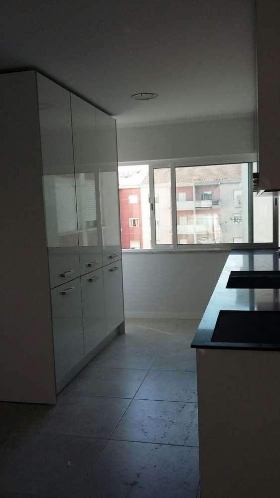 Apartamento para comprar, Rua José Elias Garcia, Barreiro e Lavradio - Foto 4