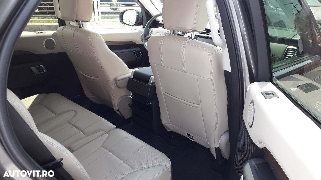 Land Rover Discovery 2.0 - 10