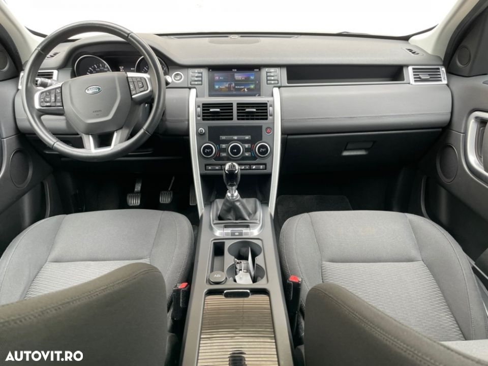 Land Rover Discovery Sport - 16