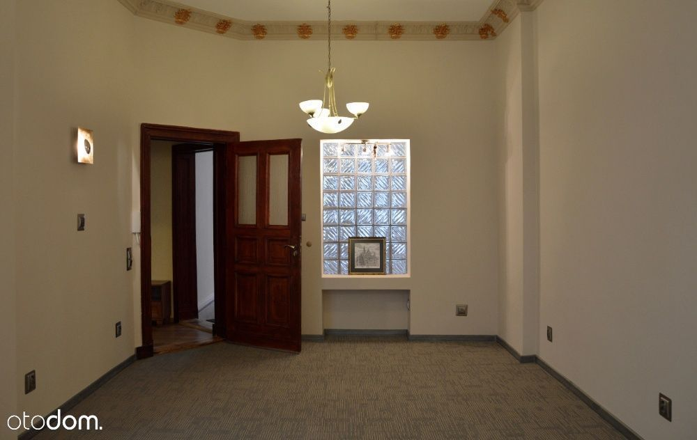 Centrum - 1 pietro mieszkanie / lokal na sprzedaż