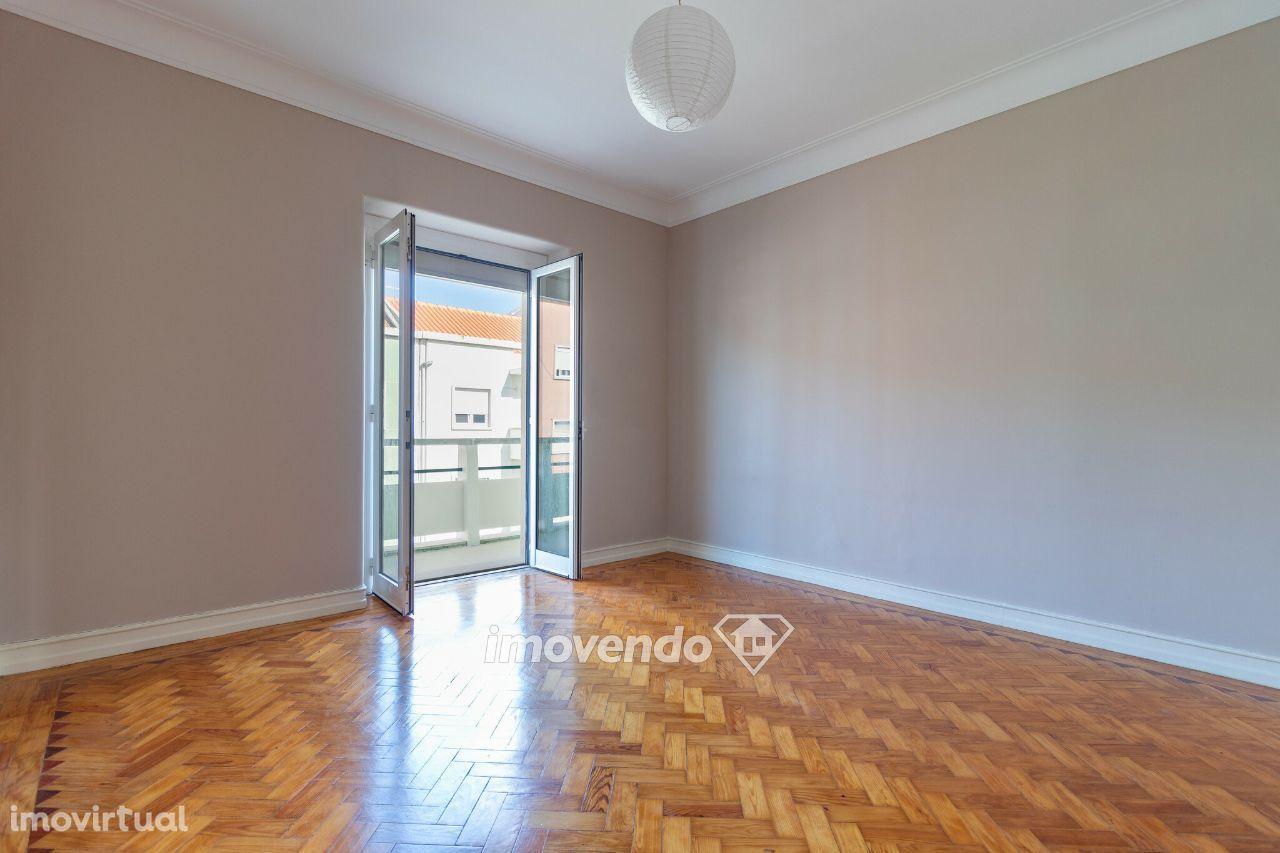 Apartamento para comprar, Rua Doutor Mascarenhas de Melo, São Domingos de Benfica - Foto 1