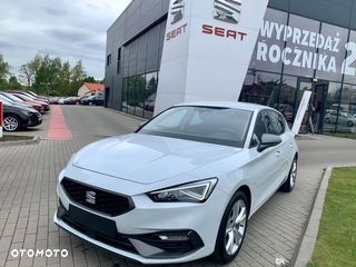 SEAT Leon FR 1.5 eTSI 150 KM manual