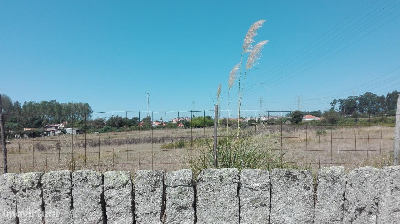 Terreno para Construção em Serzedo