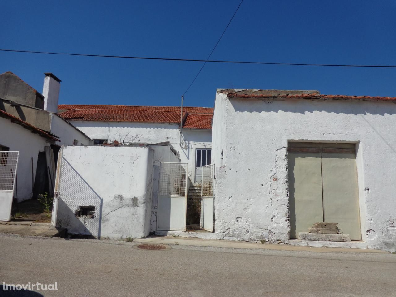 Moradia para reconstruir - Montes Alcobaça