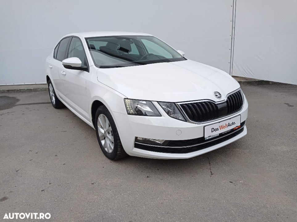 Skoda Octavia 1.6 - 6