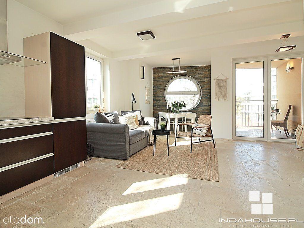 Apartament - 2 balkony, taras i widok na morze...