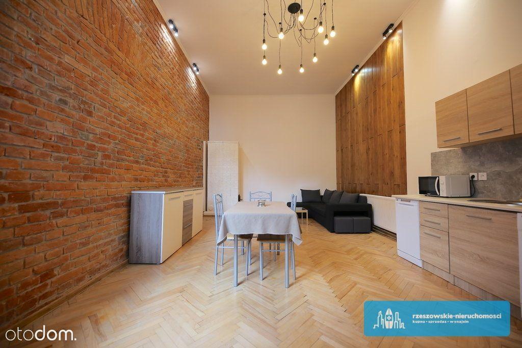 Mieszkanie w kamienicy ścisłe centrum 45 m2