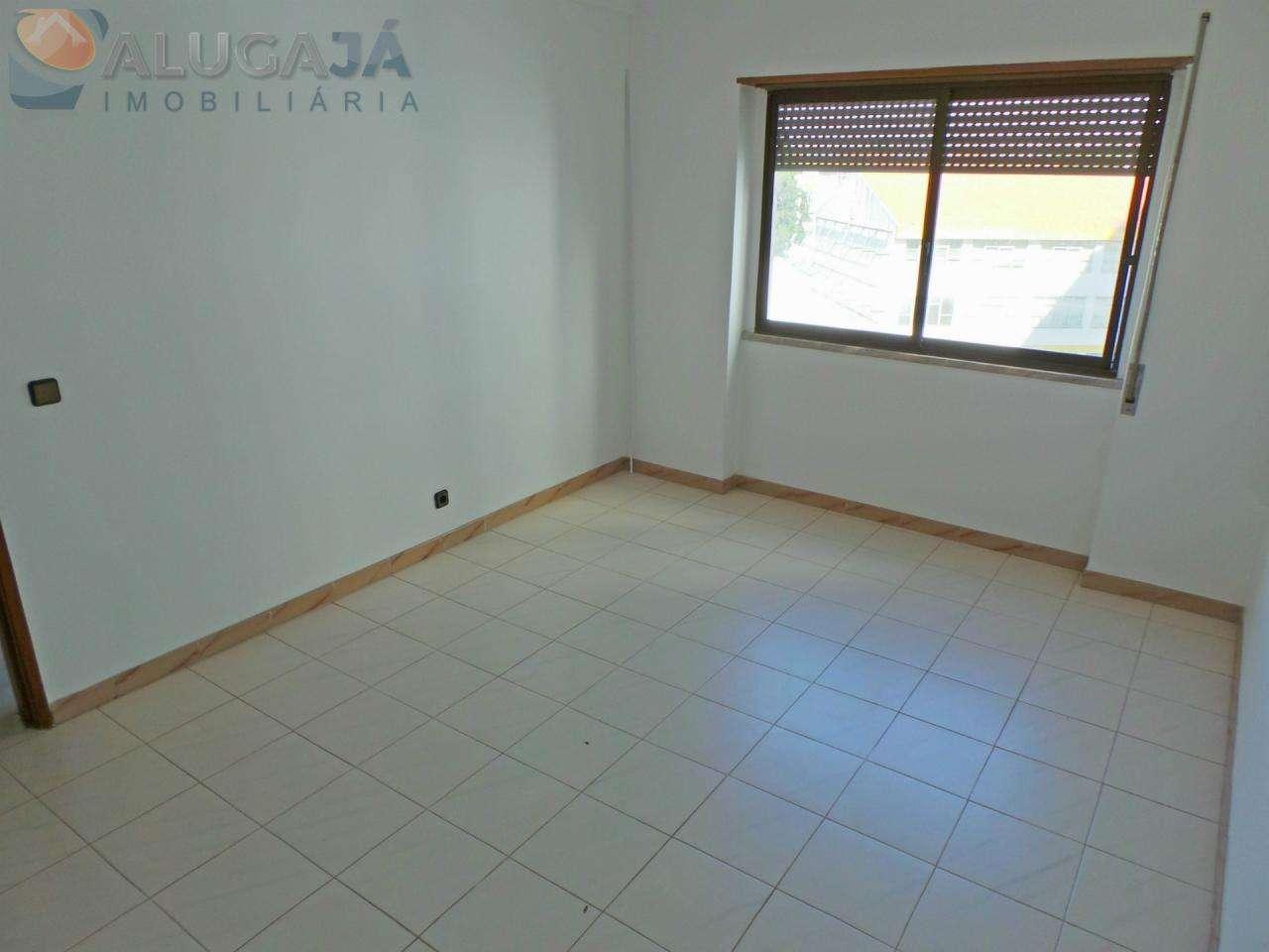 Apartamento para comprar, Travessa Doutor João de Barros - Mercês, Algueirão-Mem Martins - Foto 7