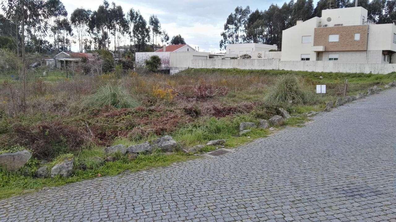 Terreno para comprar, Nogueira e Silva Escura, Maia, Porto - Foto 1