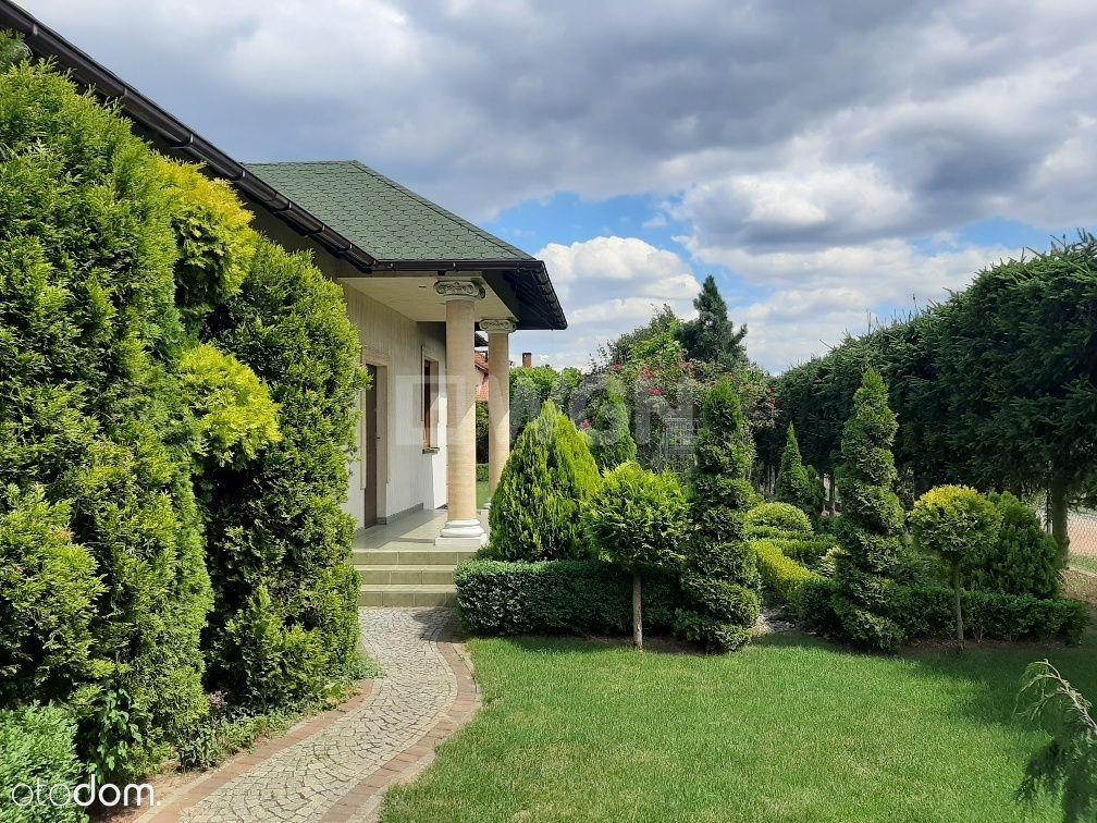Dom, 205,62 m², Radwanice