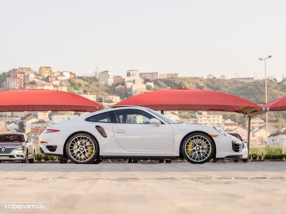 Porsche 911 Carrera Turbo S PDK - 7